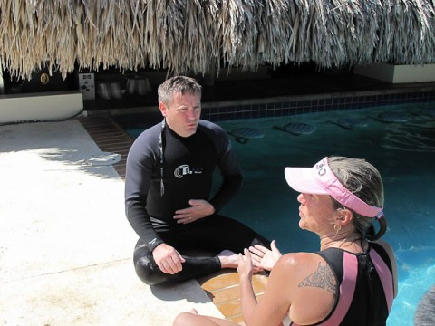 Karol teaches Jonathan to breathe correctly.