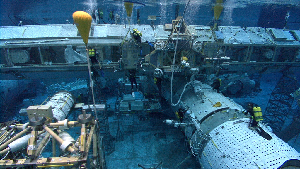 NASA Underwater Lab - Pics about space